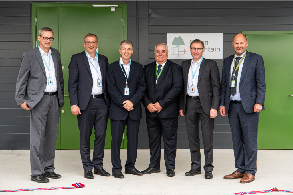 Volkwagen representatives Green Mounta Data Centre
